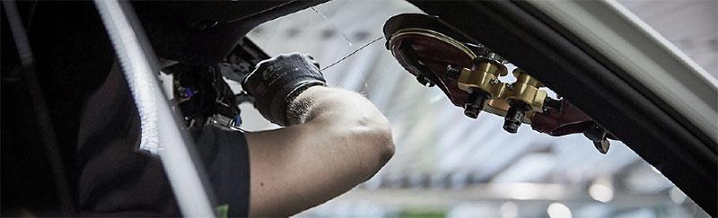 montering-bilglass-cary